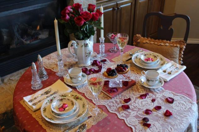 Belle Bleu Interiors Romantic Table for Two 14