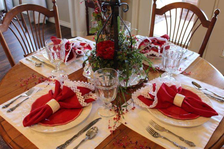 Tablescape Thursday:  A Valentine's Table