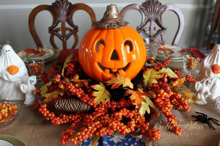 A Sweet and Spooky Halloween Table