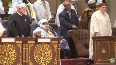 Photo of تعليق الشيخ محمد ولد سيدي يحي على جدل عدم وقوفه للنشيد الوطني ، في مؤتمر السلم الإفريقي