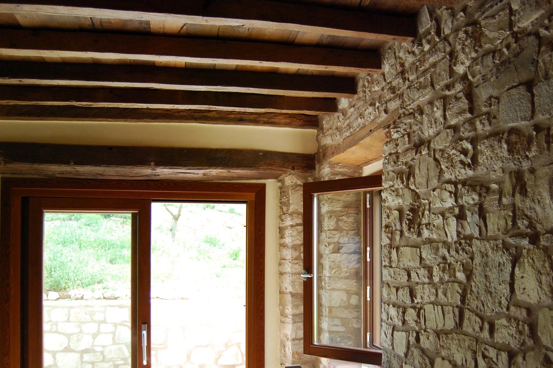 cascinale pf: progetto di architettura per la ristrutturazione di un antico cascinale da adibire ad abitazione unifamiliare per le vacanze a Pavullo nel Frignano