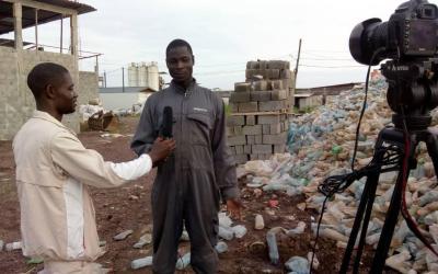 Les jeunes se bousculent pour la collecte et vente des déchets plastiques