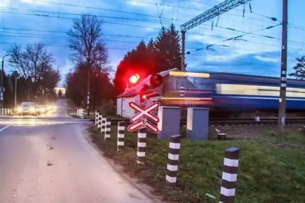 ГАИ усиливает контроль на железнодорожных переездах ...