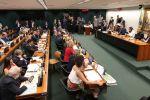 CCJ abre sessão para votar parecer do relator da reforma da Previdência