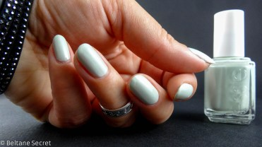 vernis à ongles mint