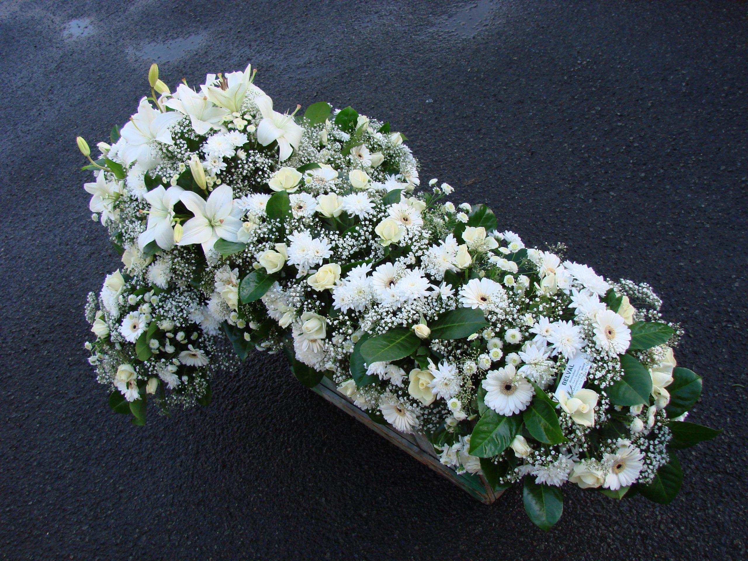 Croix de fleurs Blanche ( Londres )