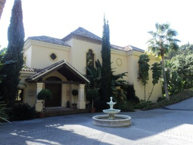 traditional villa for sale