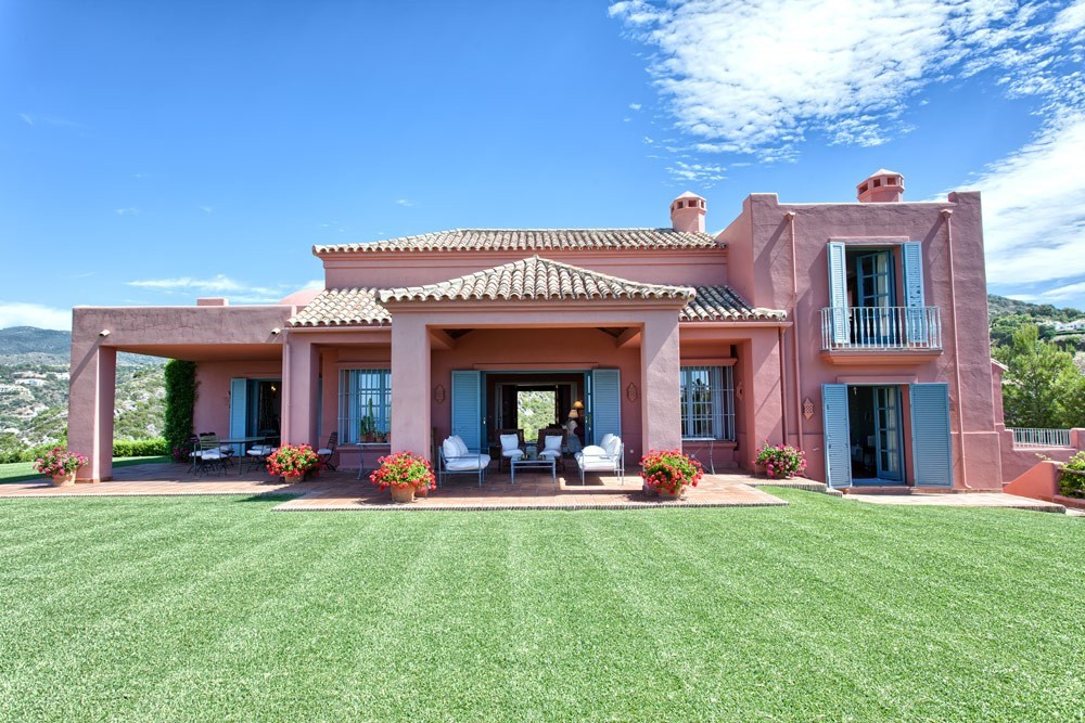 6 bedroom villa Marbella Club Golf Resort,