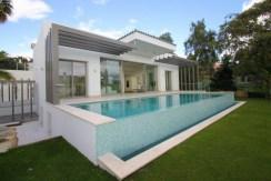 Villas Contemporáneas (Estilo Moderno) en la Costa del Sol