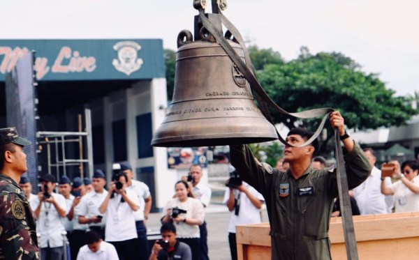 Balangiga Bells Arrive Back in Philippines, Closing Bitter ...