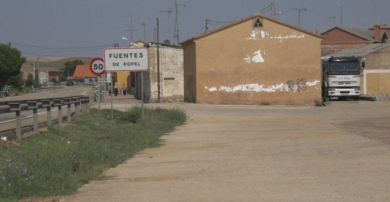 Photo of Iniciativas Ropelanas propone un apagón de luces por la despoblación