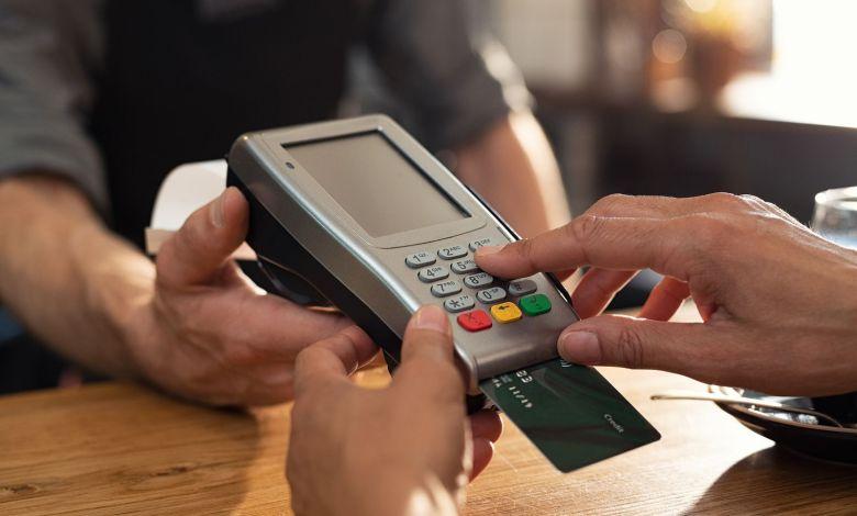 Photo of La Guardia Civil alerta del pago con tarjetas de crédito