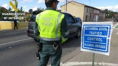 Photo of Detenido en La Bañeza por conducción temeraria, carecer de carné y atentado a la autoridad