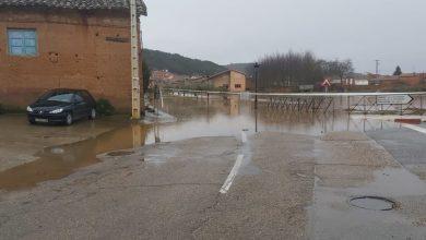 Photo of El desbordamiento del río Eria provoca cortes en varias carreteras