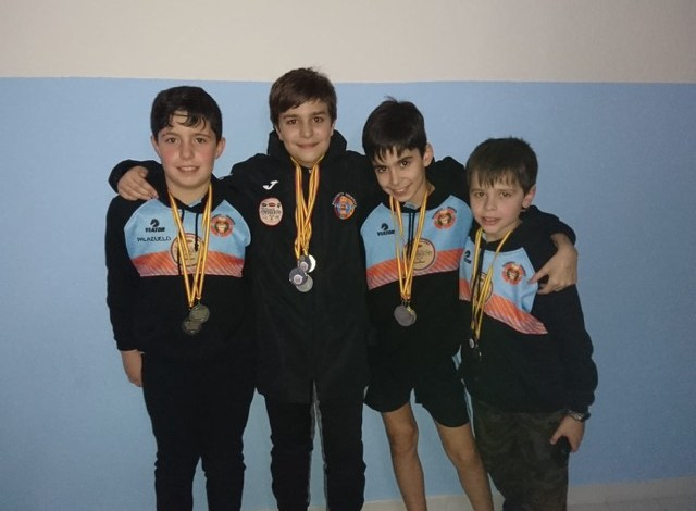 Photo of Los chicos infantiles del Club Salvamento Benavente campeones de Castilla y León