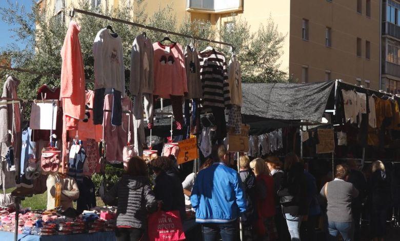 Photo of Se suspende el mercadillo de la ropa de Benavente hasta el 2 de julio