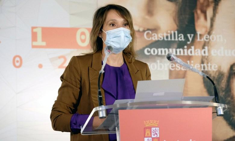 Photo of La Junta presenta un curso seguro, con más docentes y digitalmente más preparado