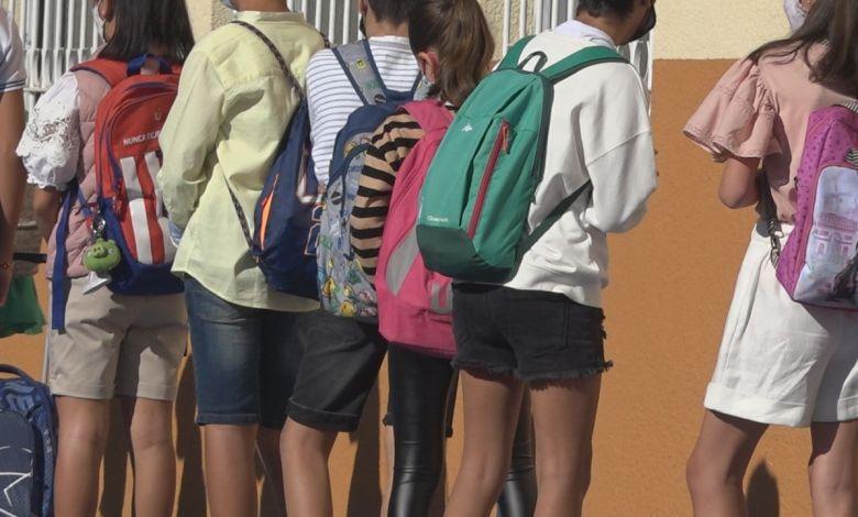 Photo of Siete de cada diez españoles apuesta por un inicio del curso escolar presencial o semipresencial a pesar del Covid