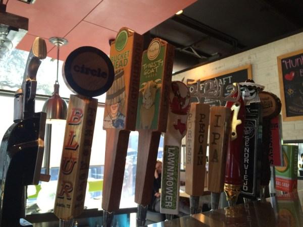 beer variety at hopdoddy