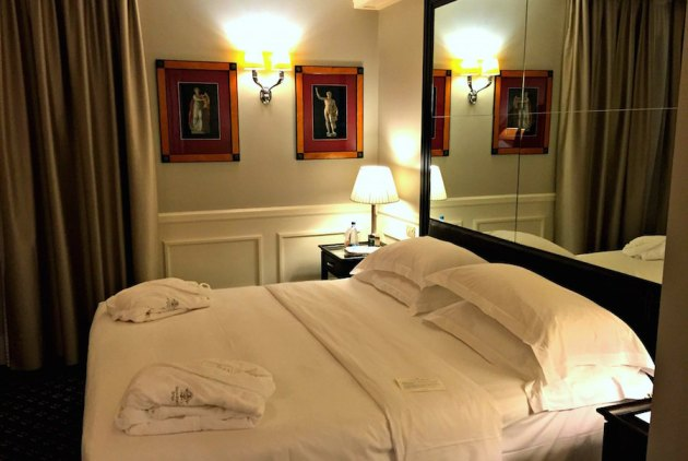 Turin Italy grand hotel sitea in turin room and robes