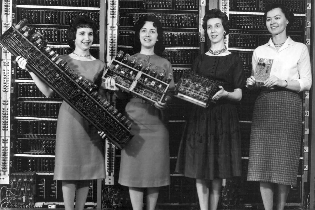 STEM women