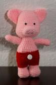 Schweinchen mit roter Hose