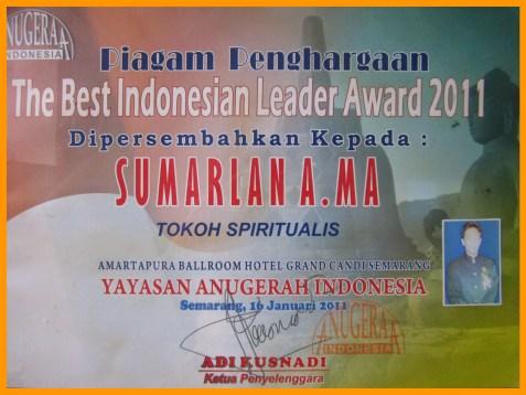Piagam Penghargaan The Best Indonesian Leader Award 2011