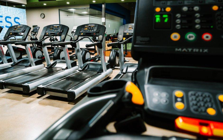 treadmills - chuck steak short story