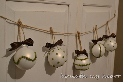 ornament 038