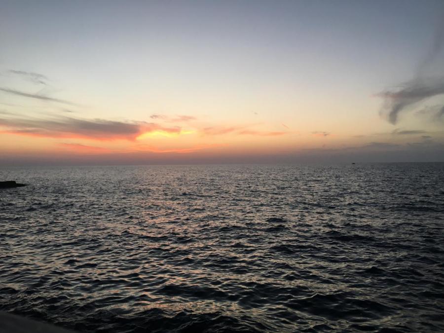 View+of+the+sunset+from+the+Tel+Aviv+boardwalk%E2%80%8B.%E2%80%8B