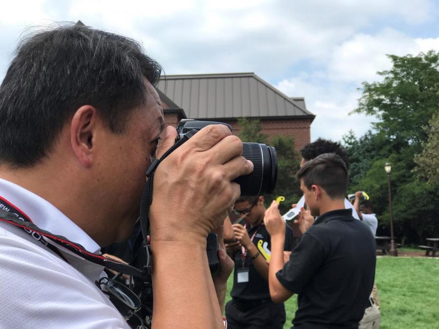 Dr. Dennis Lansang is an avid photographer.