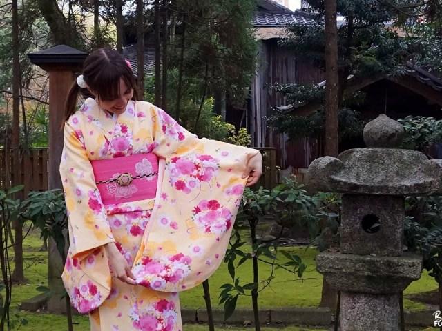 Fukuoka Kimono Walk au temple Tôchô-ji de Fukuoka