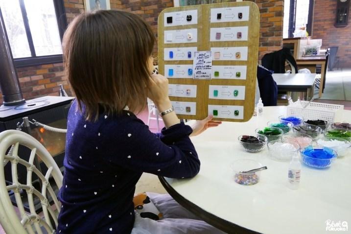 Création d'accessoires à la verrerie d'Unzen, préfecture de Nagasaki
