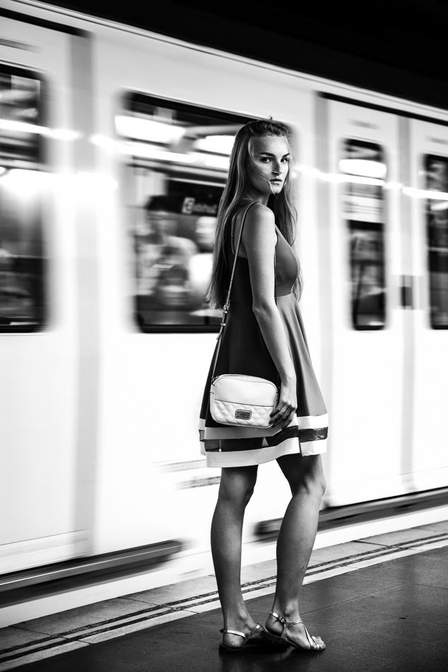 english-instagram-model-book-photographer-barcelona