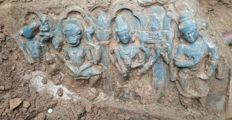 idol of lord krishna unearthed at habibpur in maldah