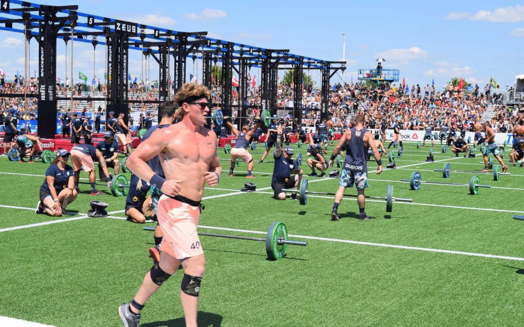 Hunter McIntyre runs between movements at the 2019 CrossFit Games