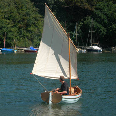 Auk Tender under sail - Ben Harris Boats