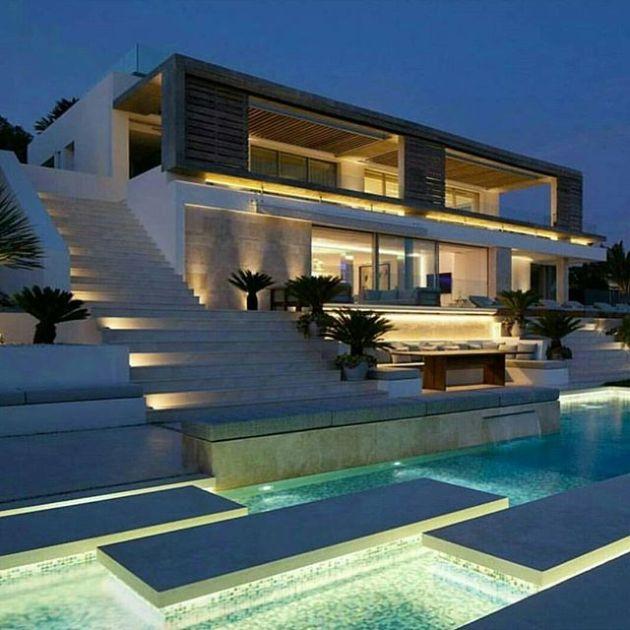 Luxury and Modern Buildings 19