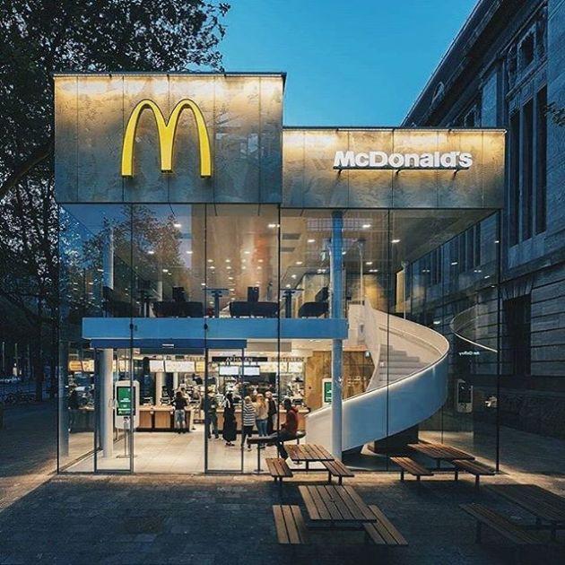 Luxury and Modern Buildings 107