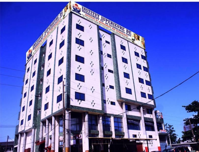 ISMT university school building