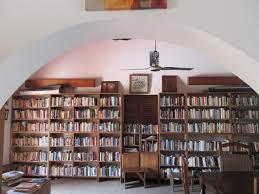 villa-karo-library-in-grand-popo.jpg
