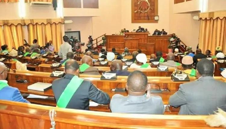 Les députés béninois en pleine séance plénière à l'hémicycle 2jpg