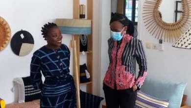 Photo of Promotion des produits made in Bénin : La Ministre ASSOUMAN visite la galérie «Kouleurs d'Afrik»