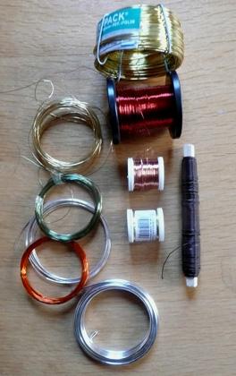 fil de metal pour fabriquer des bijoux