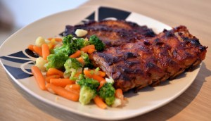 Plate of ribs and mixed veggies