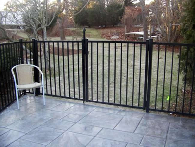 Cape Cod Aluminum Fencing Bennett Fence And Arbor On