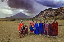 AB-Benny-Rebel-Fotoreise-Tansania-Oldoinyo-Lengai-Tourismus-Maasai