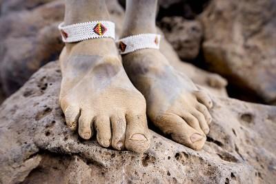 masai, feet, Benny Rebel, Fotografie, Füße, Afrika, Kunst, Druck, Acrylglas