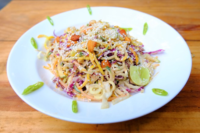 raw pad thai with zoodles