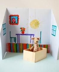 origami_dolls_house_inside